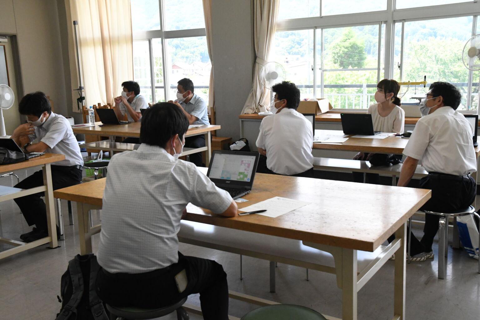 講習の様子の写真1
